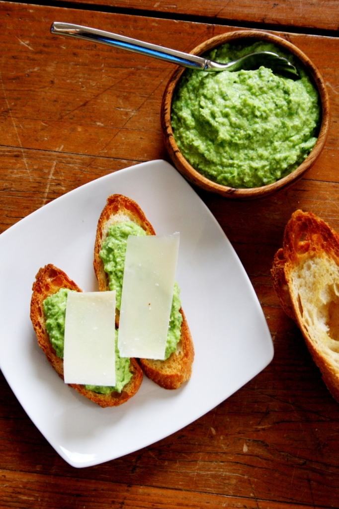 how to make crostini from french bread