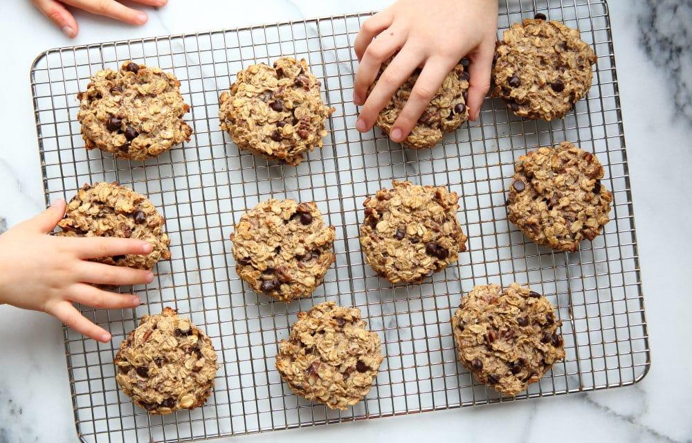 Easy Banana Breakfast Cookies (a.k.a Banana Oatcakes) GF, Vegan