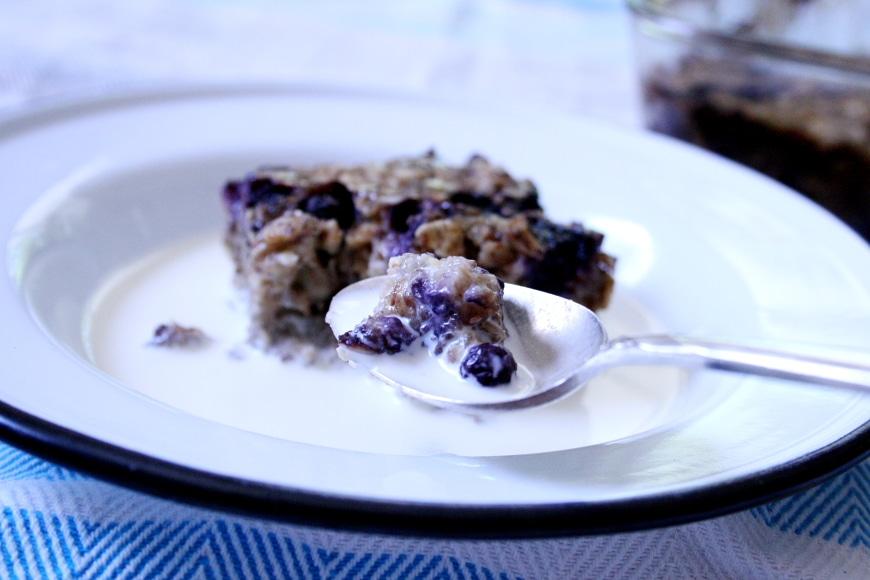 Baked Oatmeal Bars | Vegan & Gluten-Free