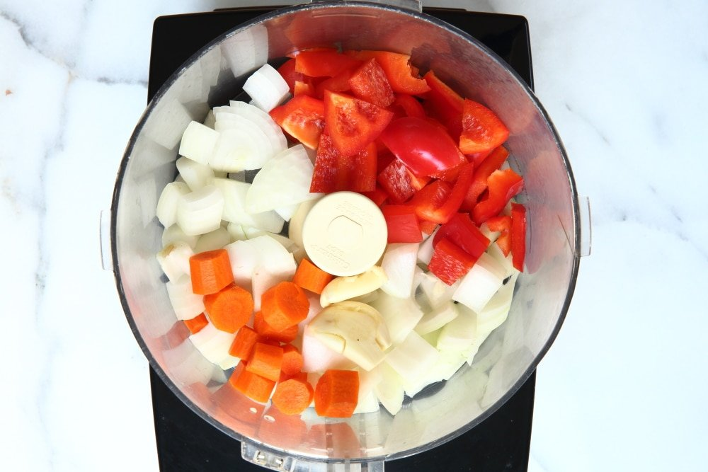 Vegetables for healthy sloppy joes in food processor