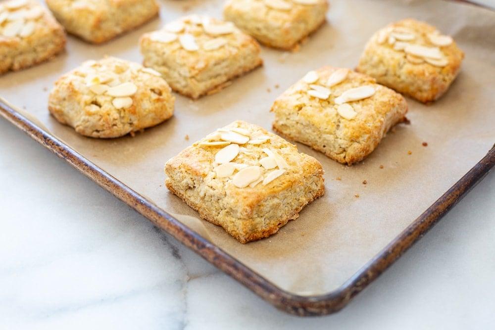 Easy shortcake recipe, shortcakes on baking sheet