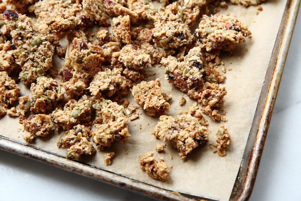 Easy granola clusters recipe, granola clusters on sheetpan