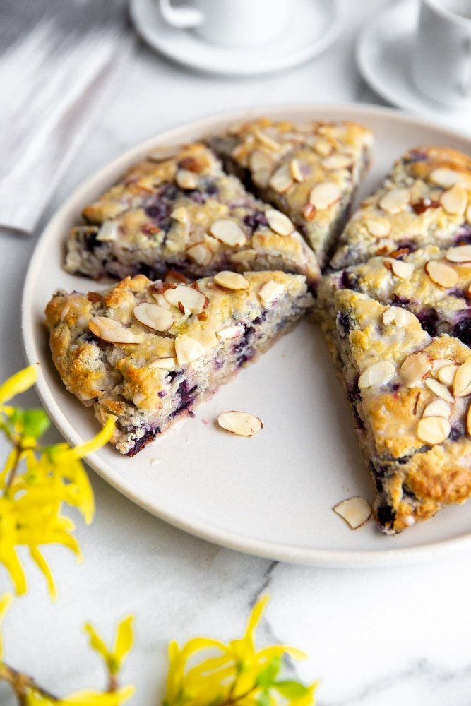 Almond scones on a plate.